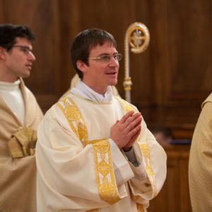 Un nouveau prêtre